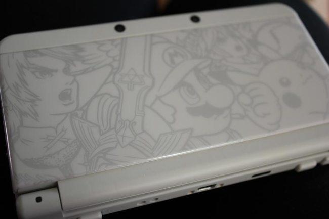 Mit dem New 3DS Ambassador kam auch ein Smash Bros Faceplate.
