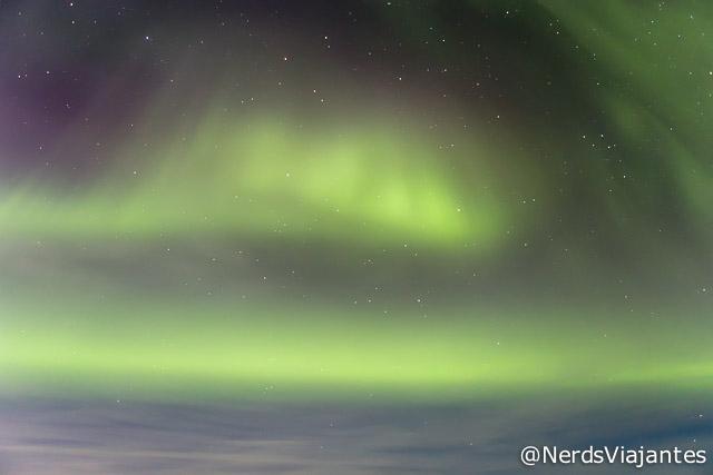Aurora Boreal que vimos na cidade de Hofn, no sul da Islândia
