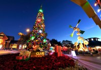 Downtown Disney Christmas
