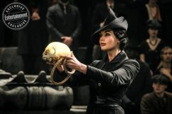 Fantastic Beasts: The Crimes of Grindelwald Poppy Corby-Tuech