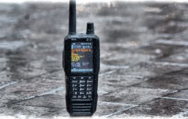 SDS100 – UNIDEN [ True I/Q Digital Handheld Scanner ]