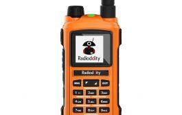 RADIODDITY GS-5B ANALOG RADIO   5W   DUAL PTT   BLUETOOTH PROGRAMMING   S-METER   USB CHARGING