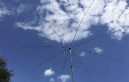 MFJ Octopus Antenna, MFJ-2100 Making Contacts