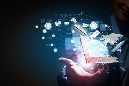 Perbedaan Komputer dan Komputerisasi