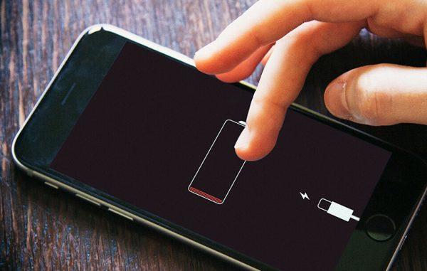 Cara Charge HP Agar Baterai Lebih Awet: Jangan keadaan baterai kosong
