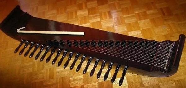 Kecapi musical instrument