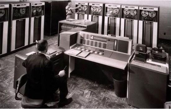Penemu Komputer Generasi Kedua