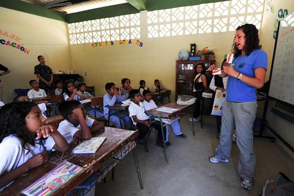 Contoh Teks Diskusi tentang Pendidikan