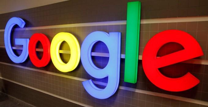 Google Terancam Denda Akuisisi Fitbit