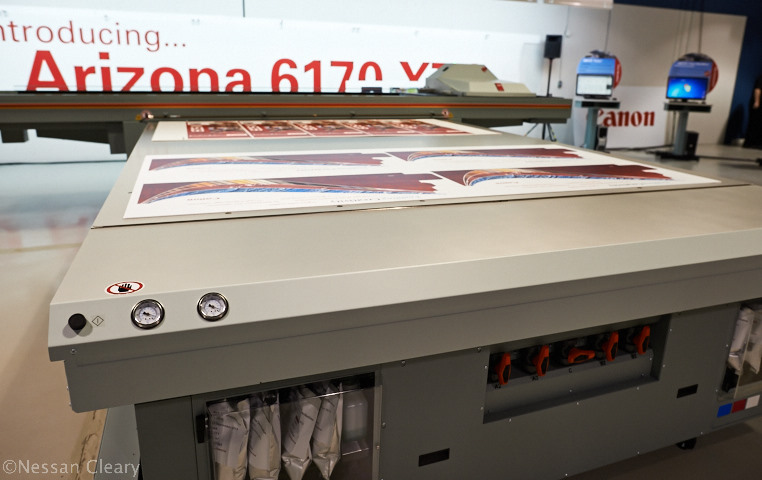 The Arizona 6170 XTS is a large machine, with a 3.5 x 2m bed, designed for the mid-range display print sector.
