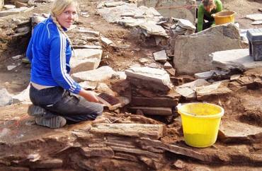 Erica investiates the realignment of the outer wall of St 1.