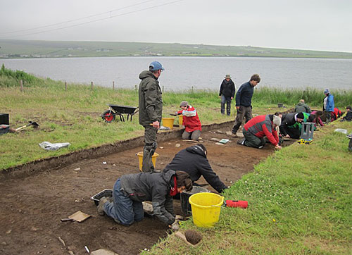 The UHI students start their archaeological careers in Trench X.