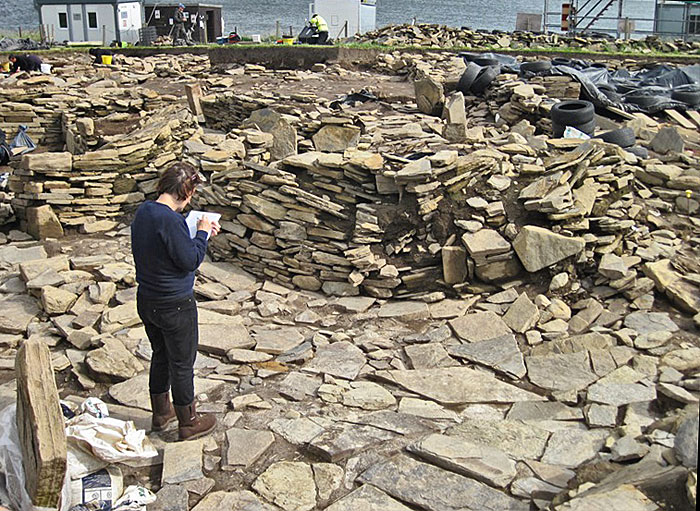 Antonia prepares her records for the dismantling of the later Structure Eleven - hopefully to reveal more of the paved 'plaza'.
