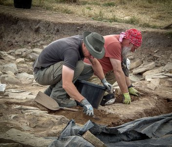 Dig Diary Extra – From the trenches today