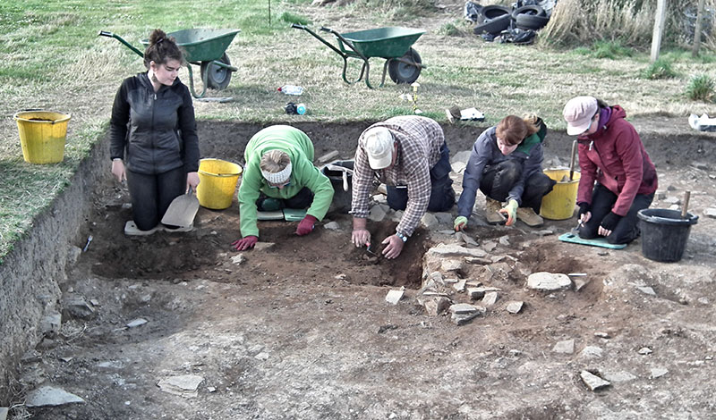 Two new ways to help us fund the dig
