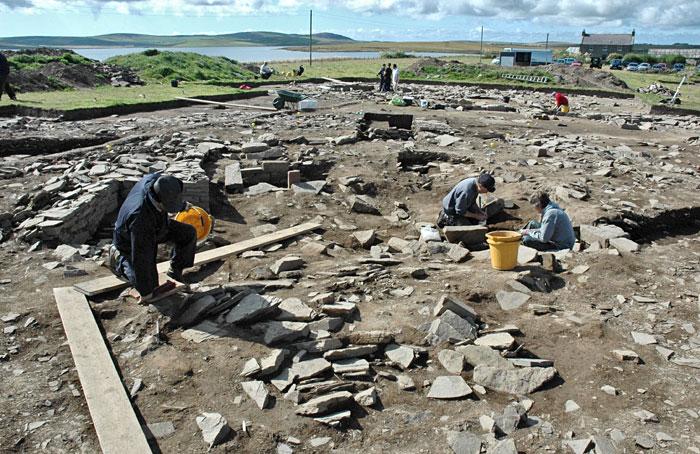 Excavation under way inside Structure Ten. August 10, 2009. (ORCA)