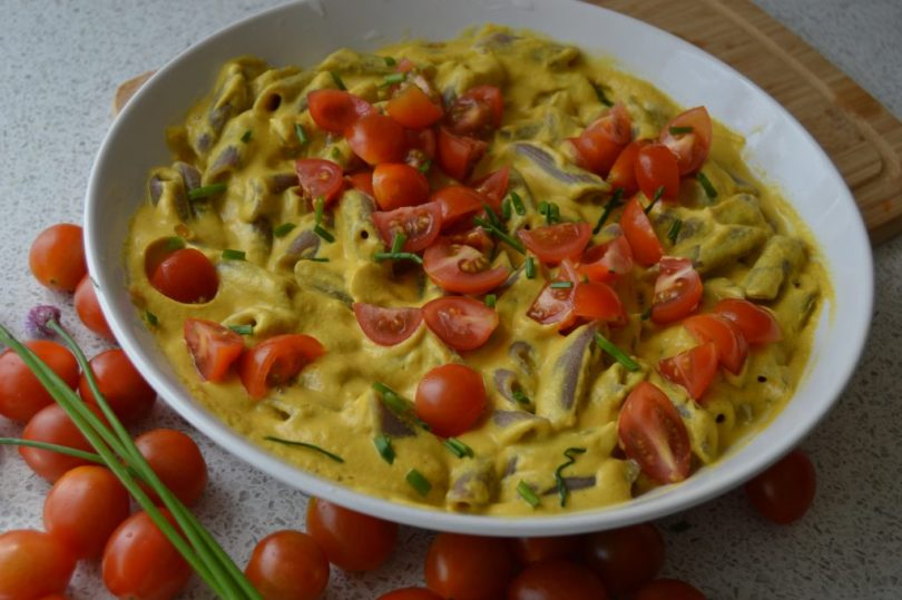 Cheese Sauce For Pasta made of sunflower seeds