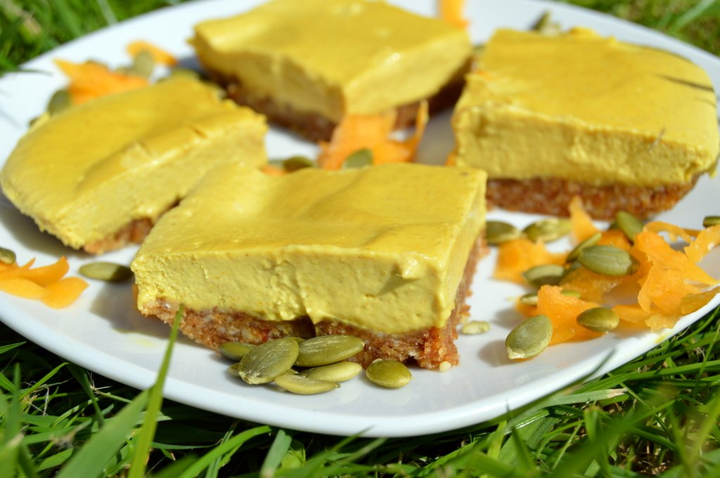Raw Pumpkin Pie Cake - Gluten Free