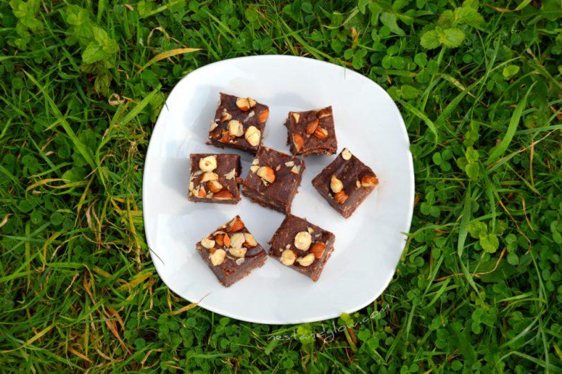 Nutella Chocolate Hazelnut Fudge on a plate