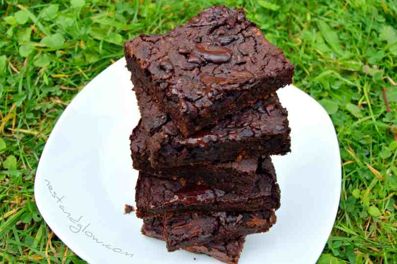 Healthy Chocolate Fudge Mung Bean Brownies Recipe