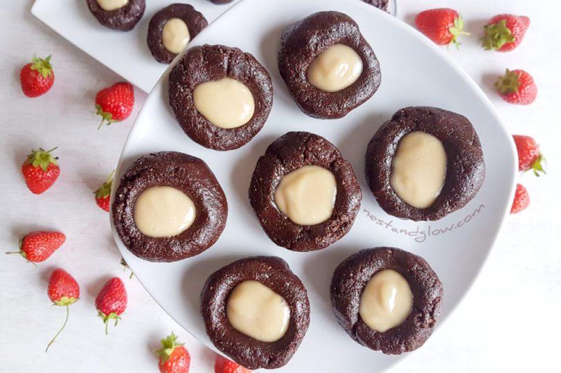 Raw Chocolate CashewThumbprints with Berries