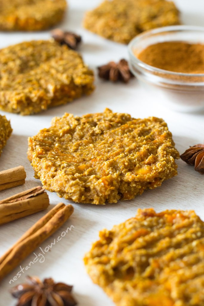 banana oat pumpkin spiced cookies