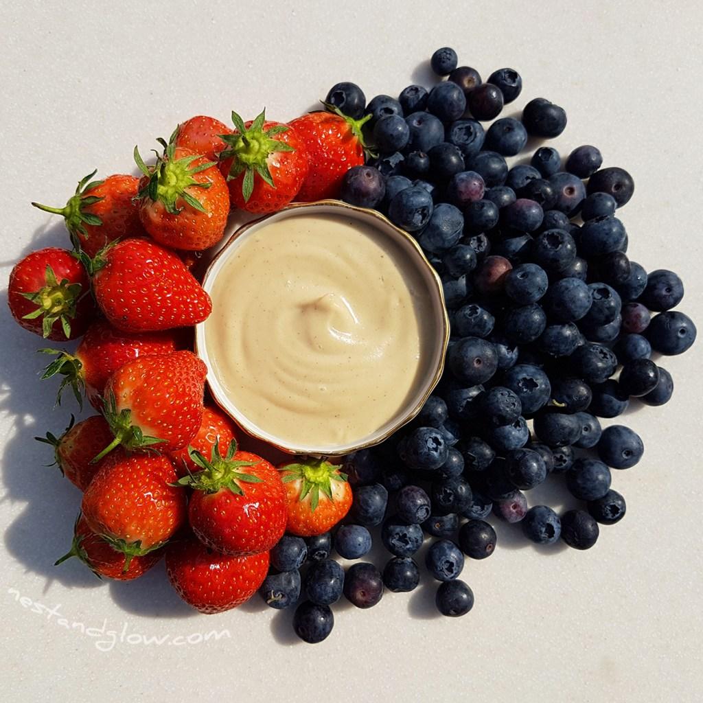 cashew fruit dip with berries