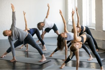 class training to become a yoga instructor