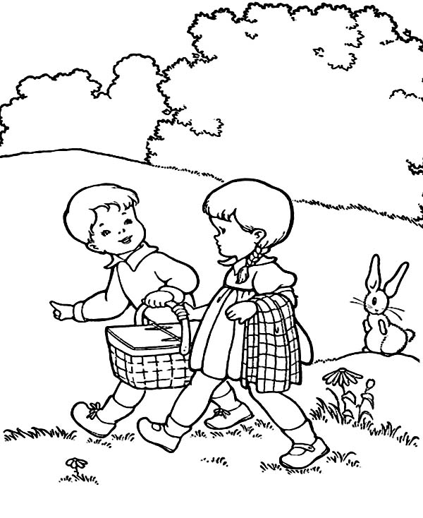 going for picnic Colouring Pages