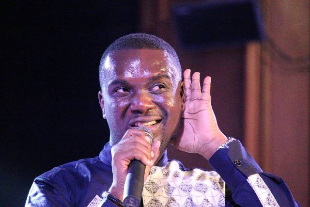 Joe Mettle beat Sarkodie's Highest, tops Apple music charts