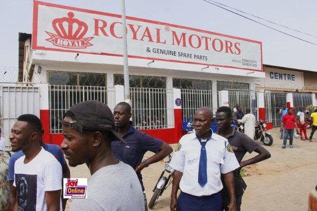 Stunning Daylight Robbery: Car snatched, Armed Men storm Royal Motors