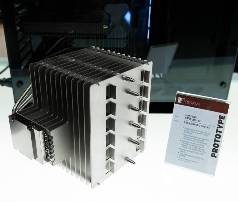 El enfriador sin ventilador estándar Noctua de 33 libras NH P1
