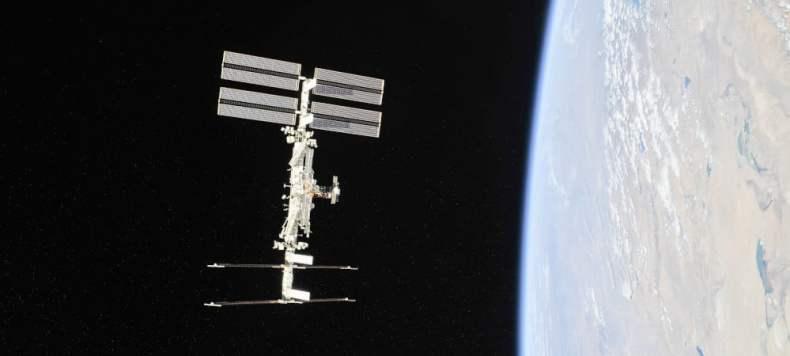 La Estación Espacial Internacional fotografiada por miembros de la Expedición 56 desde una cápsula Soyuz en su regreso a la Tierra