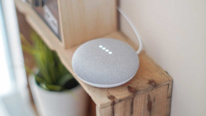 El Asistente de conversaciones de Google registra la escucha
