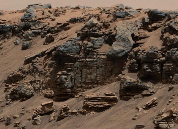 Mars Curiosity encuentra fragmentos de registros de rocas que