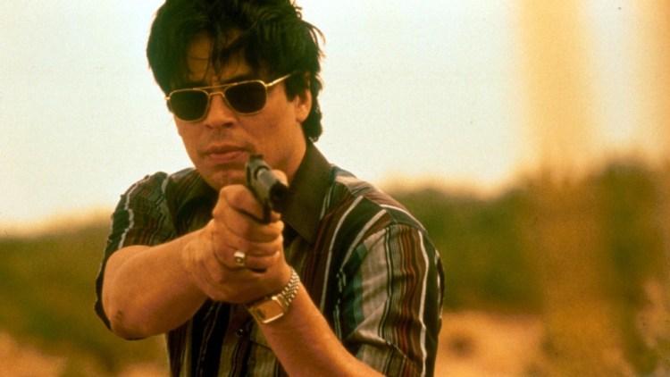 traffic main review 1024x576 Les 5 meilleurs films sur les cartels de la drogue