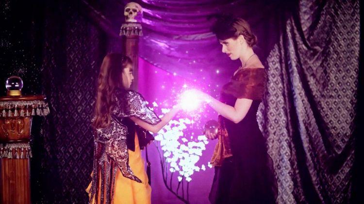 le bal des sorcieres netflix 1024x576 Notre top 5 des programmes jeunesse pour apprentis sorciers