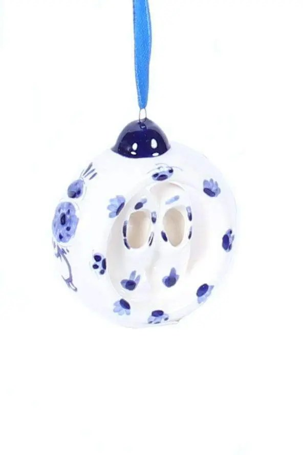 Christmas Ornament, Delft Blue, Ring with Clogs - Woodenshoefactory Marken