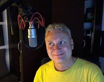 voice-over & blogger Paul Strikwerda