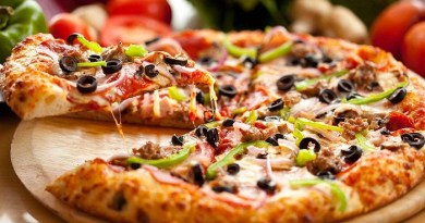 Domenico Crolla's Pizza Royale -Net Markers
