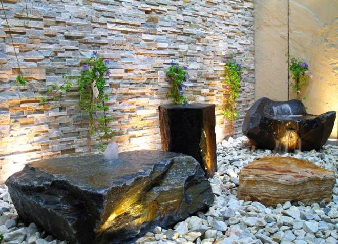 Rock wall with fountain by Stonemart