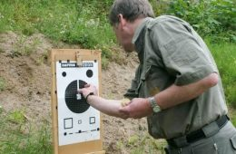 Indskydning af riflen
