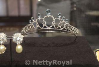 A modern tiara