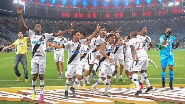 Vasco manteve a base do ano passado e foi campeão carioca 9ff54a2ae1c4f