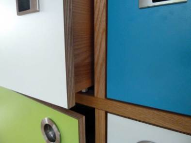 Detail-Tueren-Griffe--Schubladen-bearbeitet