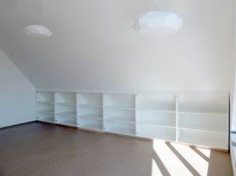 Einbauschrank-in-Dachschraege-bearbeitet