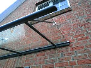 Terrassenüberdachung - Holz oder Aluminium?