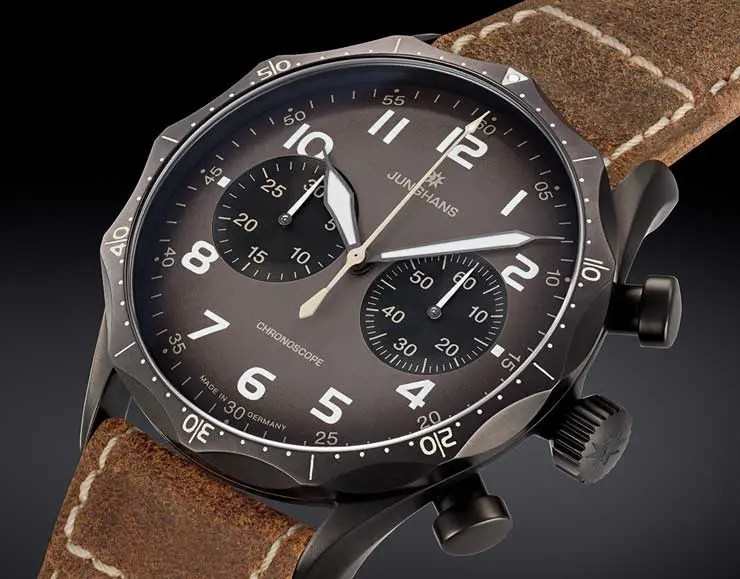 Markant in neuem Outfit: die neue Junghans Meister Pilot