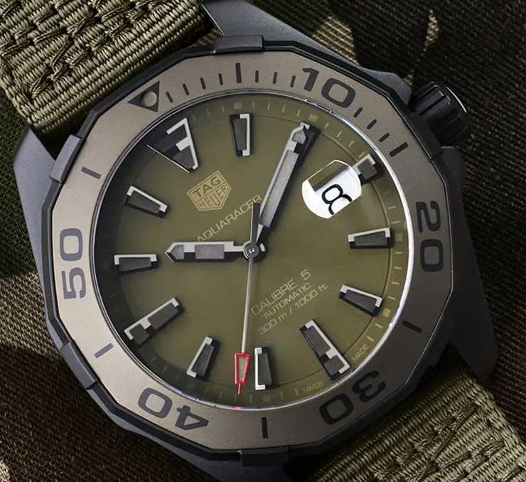 TAG Heuer Aquaracer Camouflage 300 Meter – Calibre 5