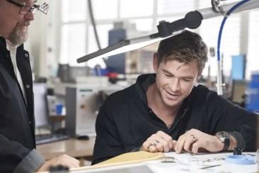 Chris Hemsworth besucht TAG Heuer